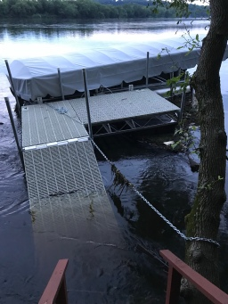 Boat Lift Fiasco