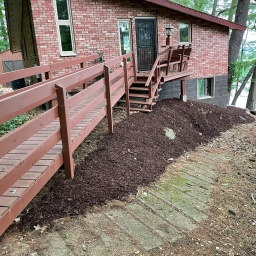 Lake House Ground Clearing and Mulch